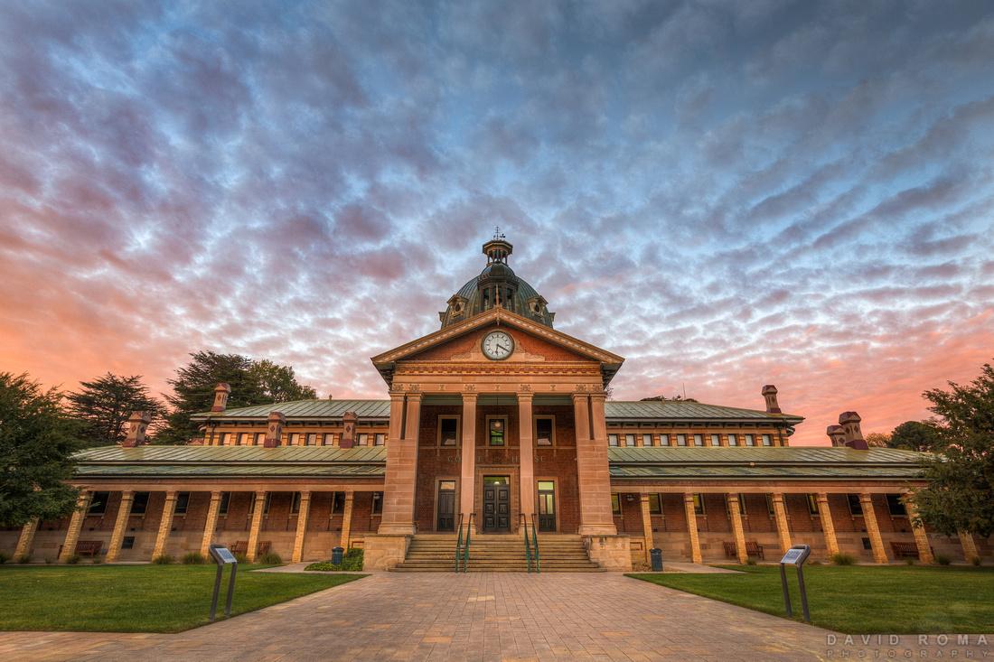 Bathurst Courthouse at sunrise