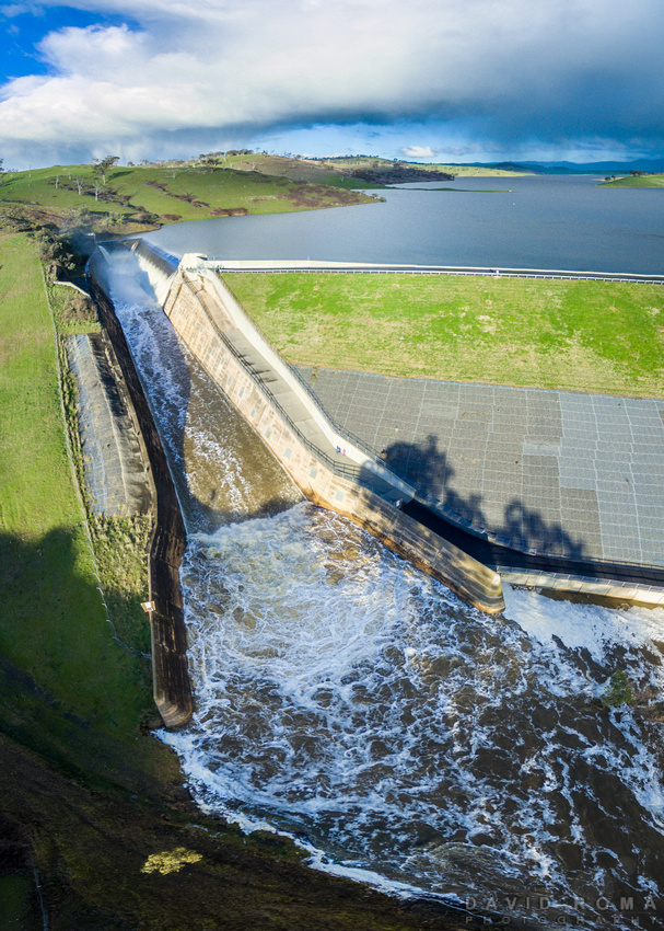 Ben Chifley Dam Overflow vertical pano