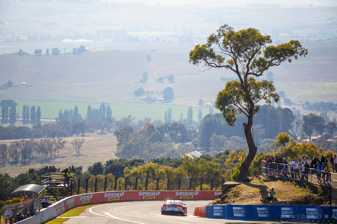 Nissan wins Bathurst 12hr!